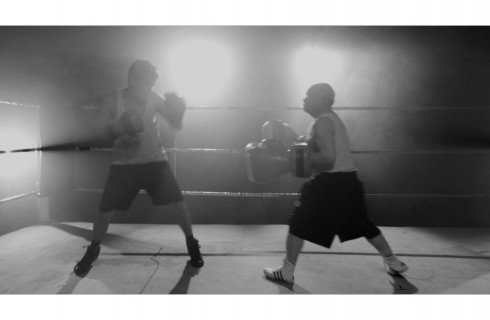 Бокс не кулаками, а стихами