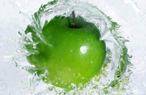 С Днем яблока!