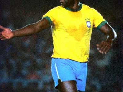 Пеле в годы футбольной карьеры