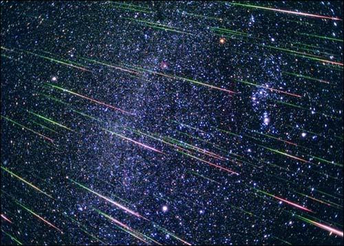 Землян ждет красивейший звездный дождь