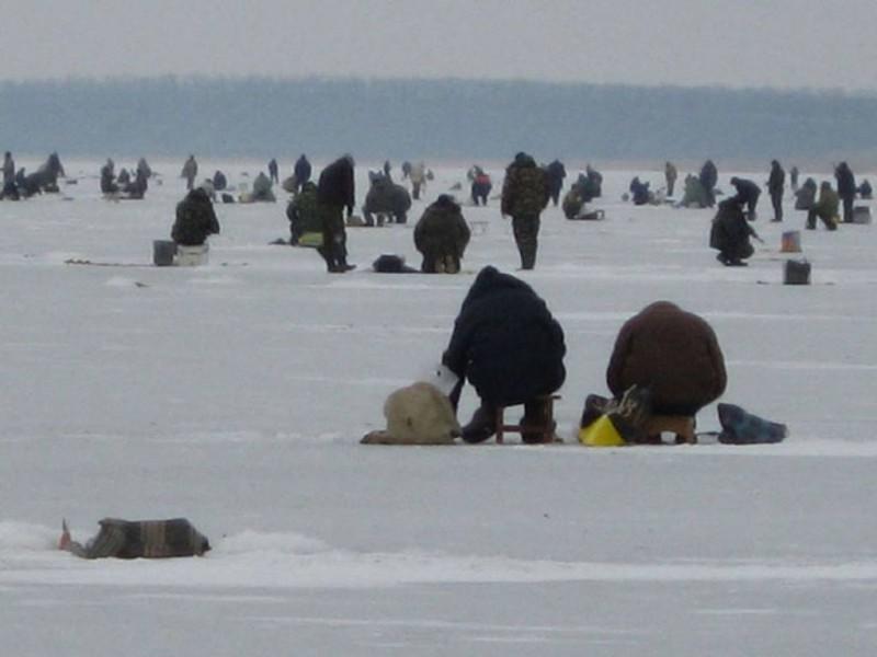 Рыбаков спасли!