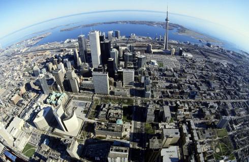 Действие канадской визы увеличилось вдвое