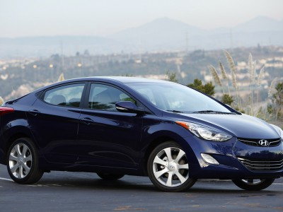 Hyundai Elantra Limited 4dr Sedan