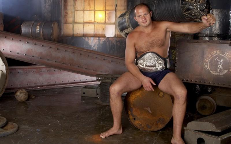 Победа Емельяненко