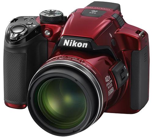 Две фотокамеры с суперзумом от Nikon