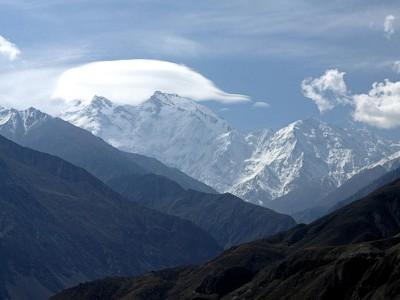 Гималаи, Диамирский склон Нанга Парбат (8126 метров), вид с Каракорумского шоссе