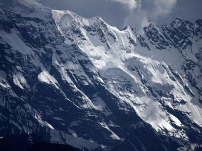 Каракорум, фрагмент склона пика Ракапоши (7788 метров)