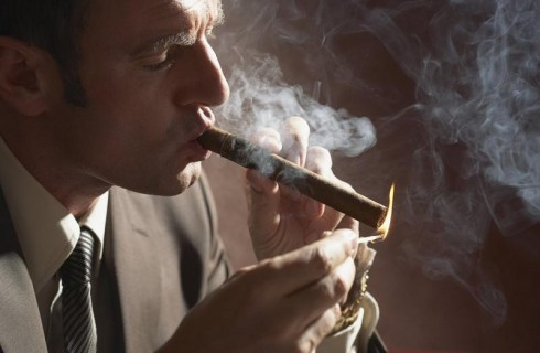 Кто не курит и не пьет – тот без штрафов проживет