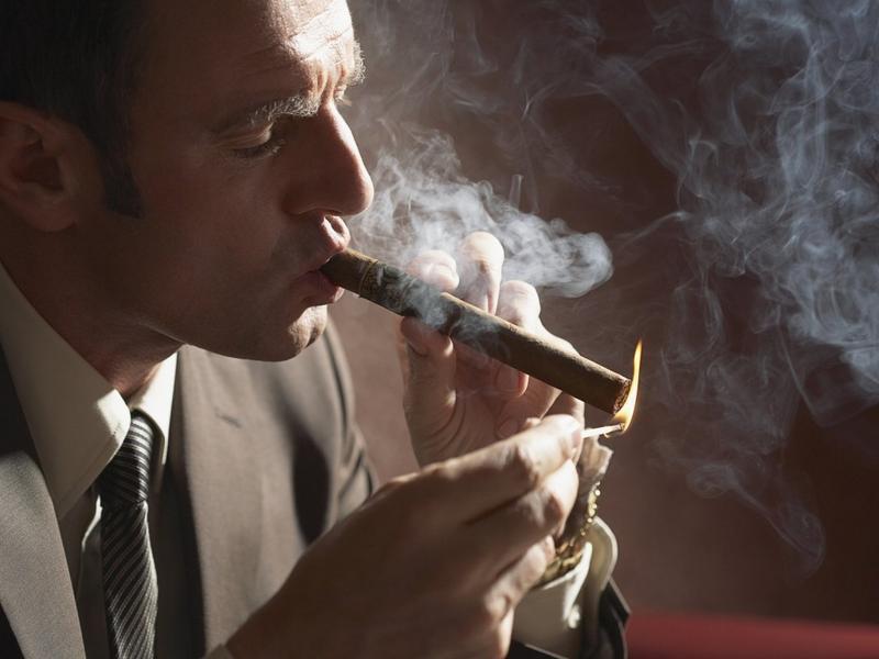 Кто не курит и не пьет — тот без штрафов проживет