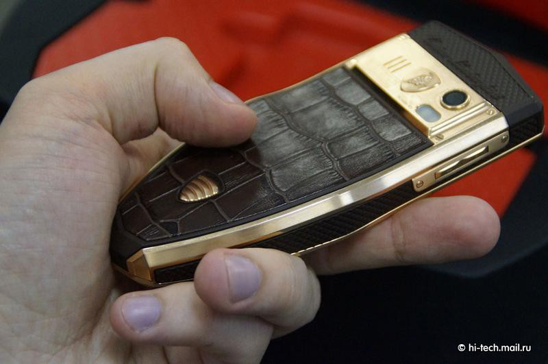 Смартфоны от Lamborghini