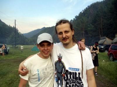 Семен Дулесов с популярным регги исполнителем RasKar