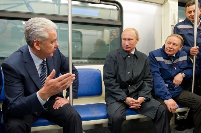 Путин открыл новую станцию метро в Москве