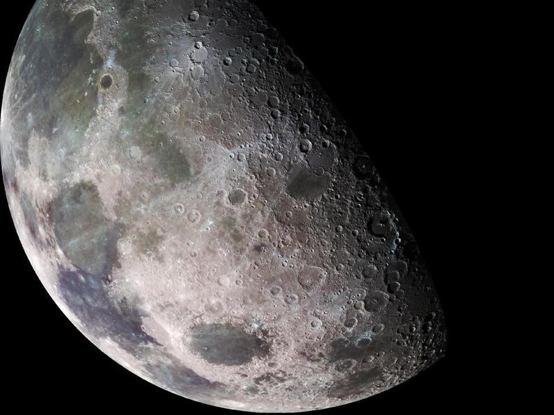 Россия и Украина летят на Луну