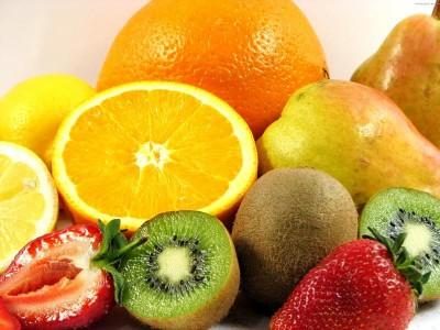 Фрукты содержат множество витаминов