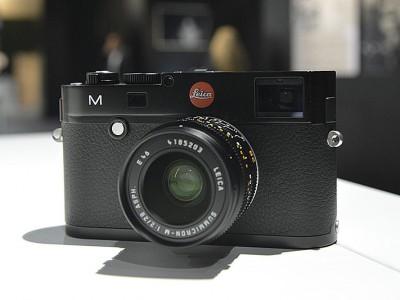 Обычная модель фотоаппарата Leica-M