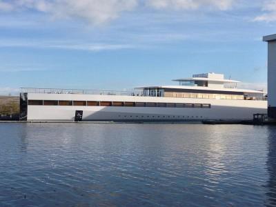 Яхта Стива Джобса
