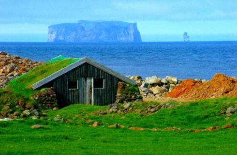 Исландия принимает все больше туристов