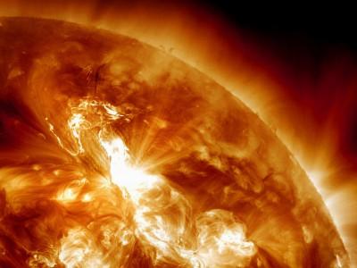 Земля потихоньку приближается к Солнцу