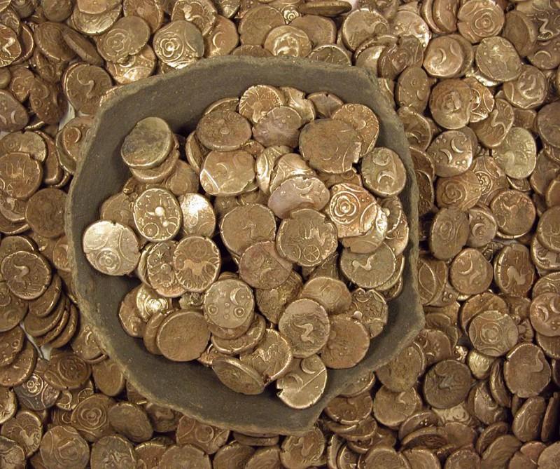 В Ираке были обнаружены золотые монеты