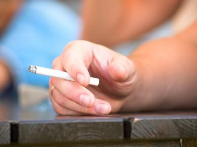 Пассивное курение вызывает слабоумие
