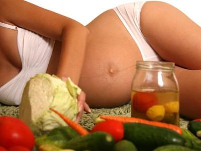 Вкусы ребенка формируются в животике матери