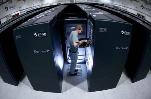 В Германии был запущен самый мощный компьютер Европы