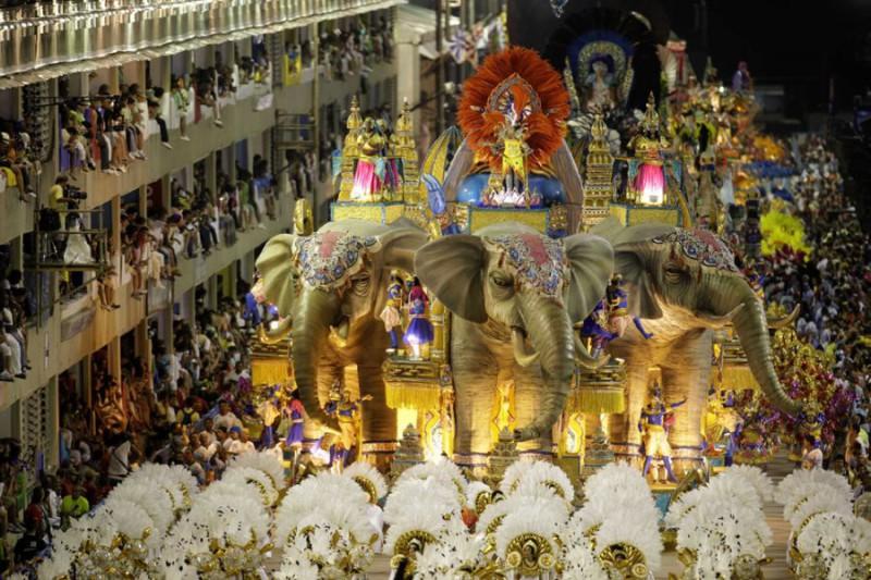 В Бразилии начался знаменитый карнавал