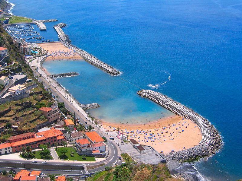 Все больше туристов предпочитают Португалию