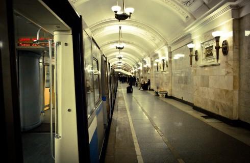 Московское метро в ожидании бесплатного Wi-Fi
