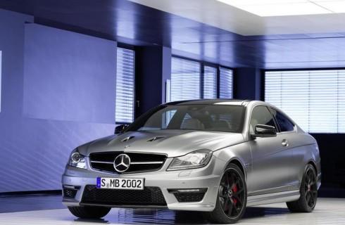 Украинцы предпочитают дорогие автомобили