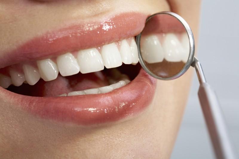 Дантисты научились выращивать зубы