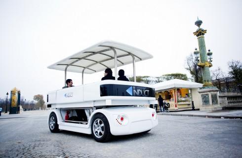 Navia – машина-робот