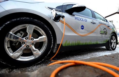Парковка для электрокаров в Москве будет бесплатной
