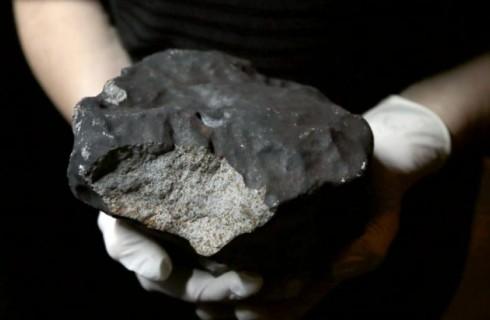 Духи с запахом метеорита
