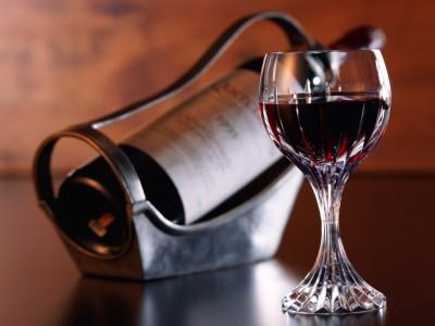 Ученые выяснили пользу красного вина
