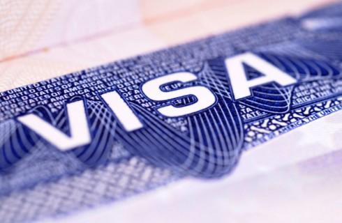 США собираются повысить визовые сборы