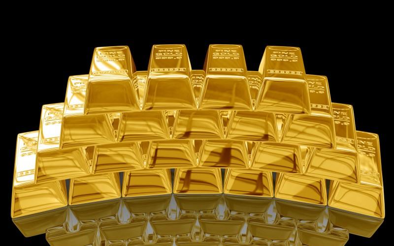 Золото падает в цене все ниже и ниже
