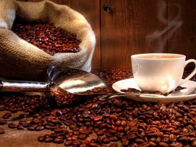 У женщин от кофе уменьшается грудь