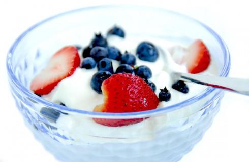 Йогурты положительно влияют на мозг человека