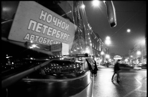 В ночных автобусах Петербурга появится бесплатный Wi-Fi
