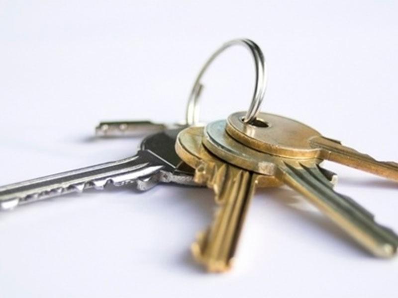 Стоит ли сдавать квартиру на время поиска покупателя?