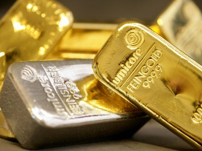 Цены на драгоценные металлы продолжают падать