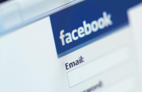 Facebook борется за своих рекламодателей