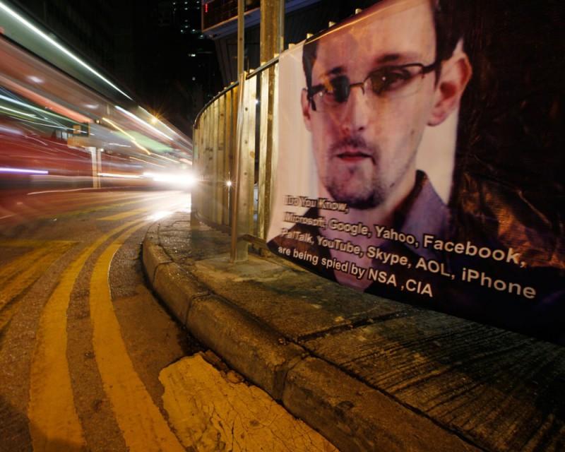 Сноуден играет с США в межконтинентальные кошки-мышки