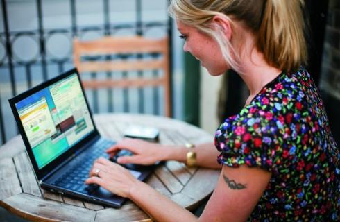 Социальные сети не хотят «стучать» на пользователей