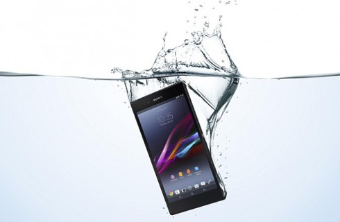 Sony представила водонепроницаемый телефон