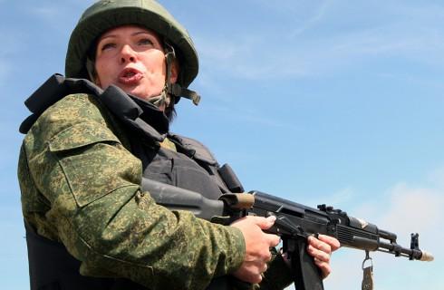 Женщин призвали в армию
