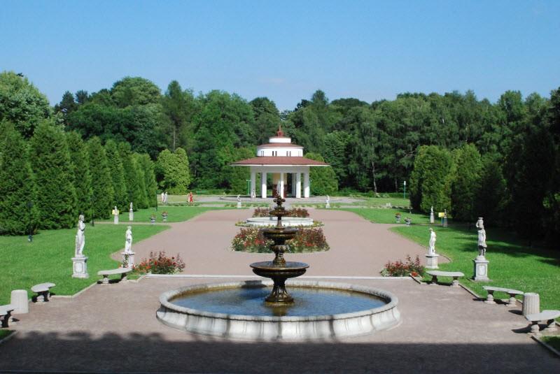 Удивительный город Моршин находится прямо на склоне Прикарпатского хребта, между Ивано-Франковском и Львовом.