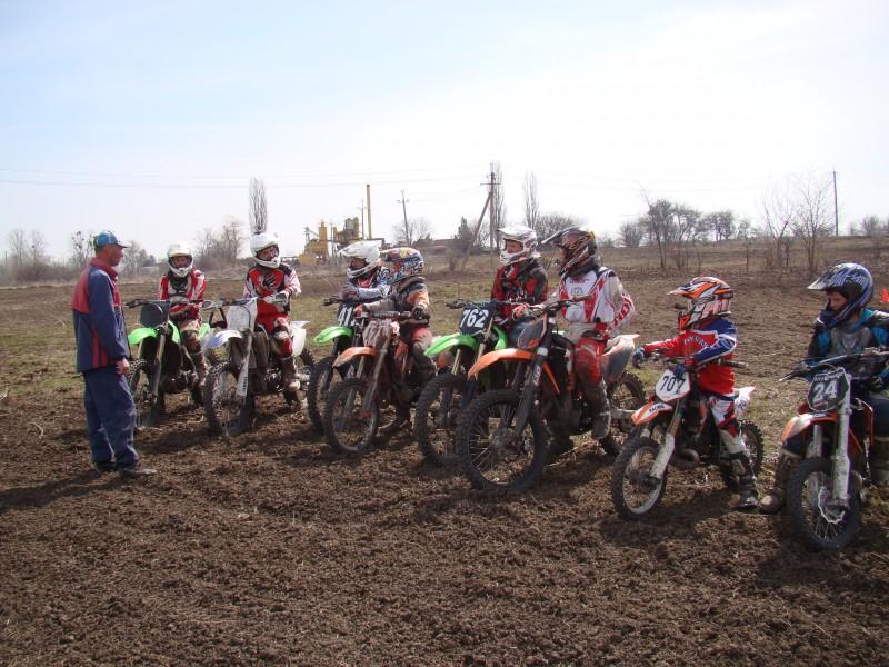 Команда Рыбинска взяла второе место по мотогонкам