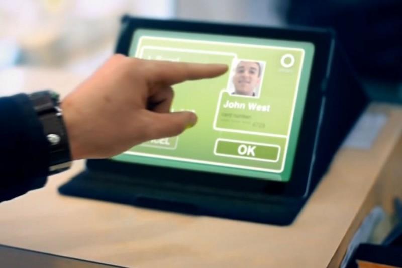 Лицо заменит банковские карты